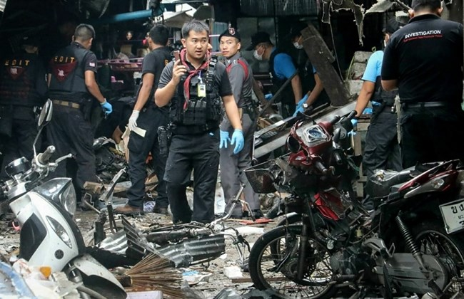 Thailand: Busy market struck by bomb, three reported dead