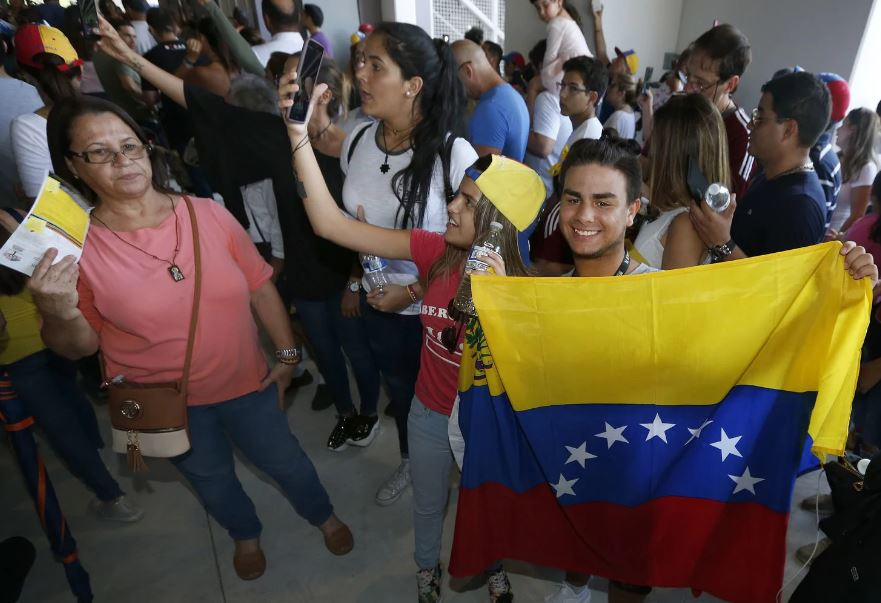 As Trump tightens asylum rules, thousands of Venezuelans find a warm welcome in Miami