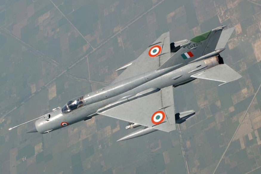 Rafales Could Have Downed Half of Pakistan's F-16s in Dogfight