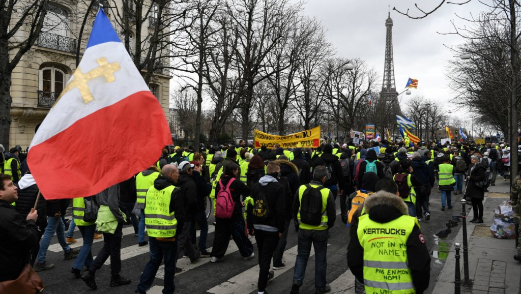 Yellow Vests Hold 24th Week of Mass Protests in Paris