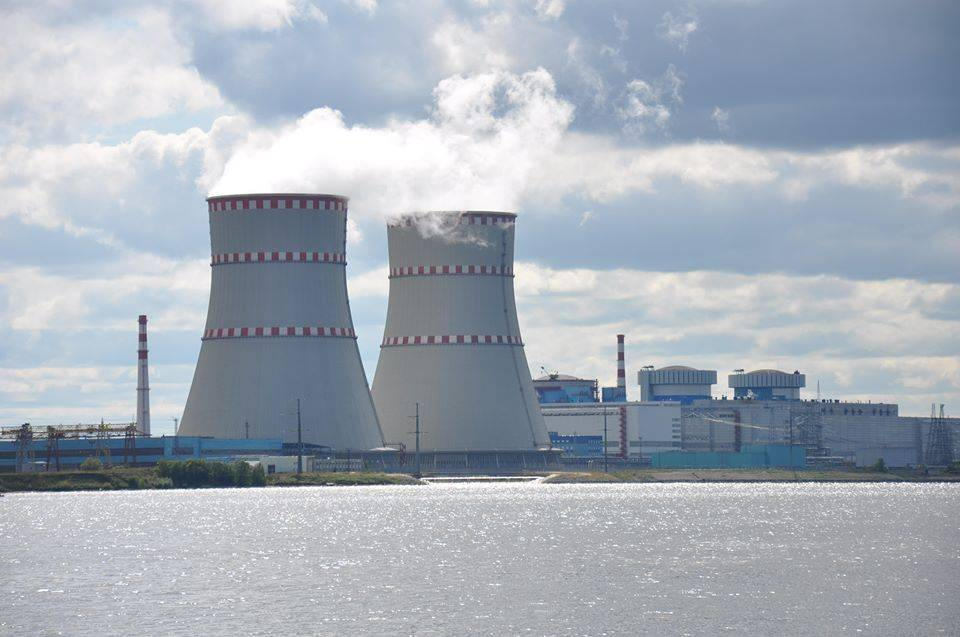 Why the US Probably *Is* Planting Weapons Code in Russia's Power Grid