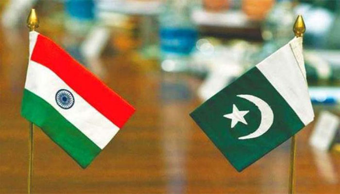 Pakistan to Keep Airspace Closed Until India Removes Jets From Border