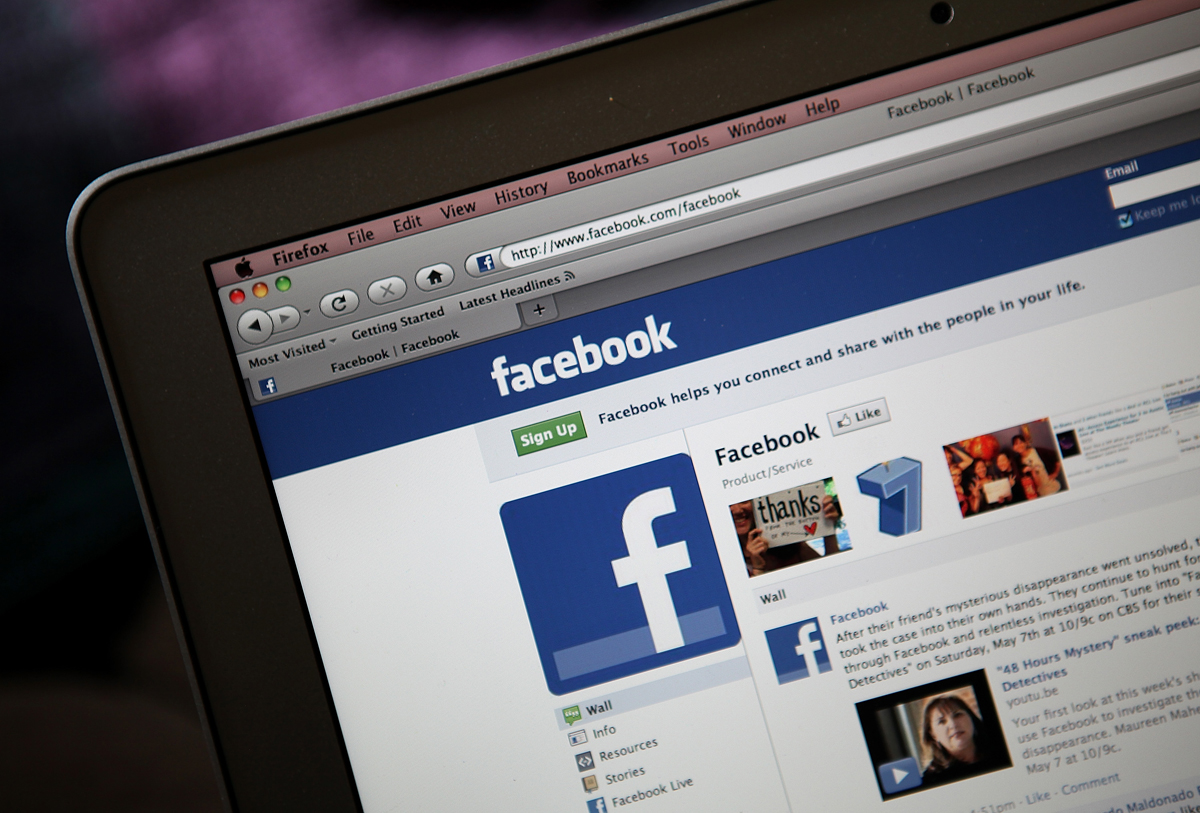 Facebook zealously fights 'hoaxes, fake news' about itself on Facebook