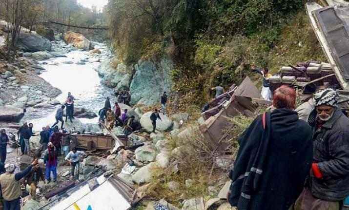 At least 35 dead after overcrowded minibus crashes down gorge in Kashmir
