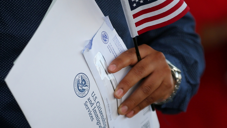 US Immigration Service Says Will Review Naturalization Test