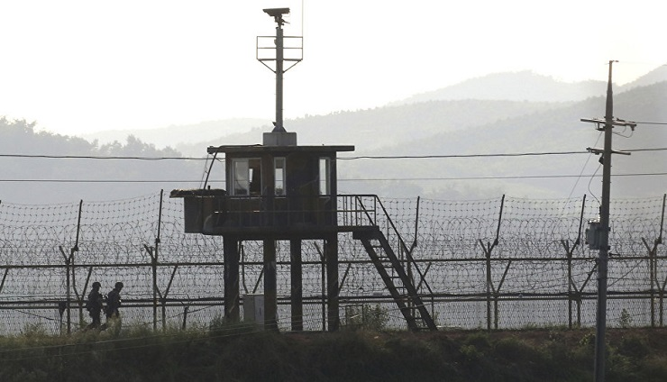Both South Korea and Japan Accuse Each Other of Clandestinely Trading with DPRK