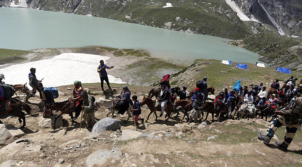 India Orders Return of Tourists and Pilgrims From Kashmir