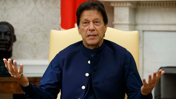 """Pakistani PM Imran Khan Warns of """"Ethnic Cleansing of Muslims"""" Amid Kashmir Tensions With India"""