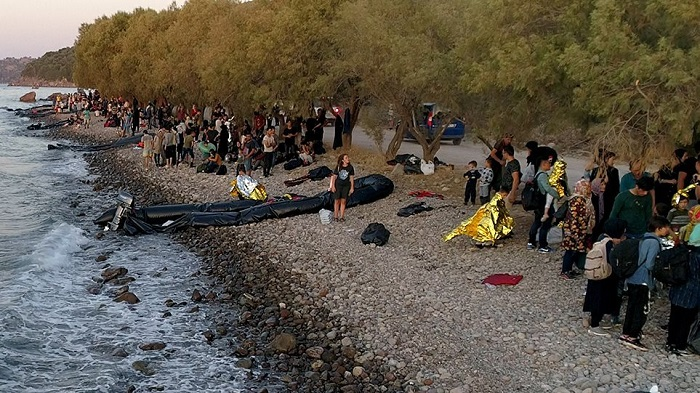 Over 700 illegal immigrants arrive in Greece over the weekend