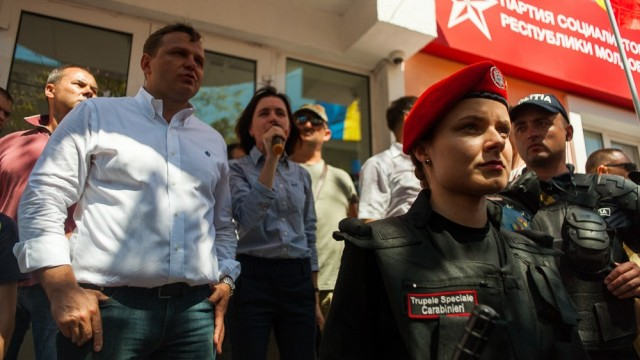 """Moldavian political crisis: socialists ready to dissolve the Cabinet, at the Prime Minister announced the """"Maidan"""""""