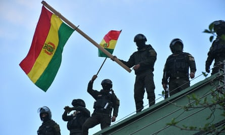 Fascists capture President of the Bolivian Parliament