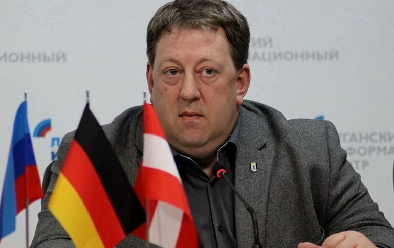 The son of Berlin House of Representatives member from the AdG party is threatened