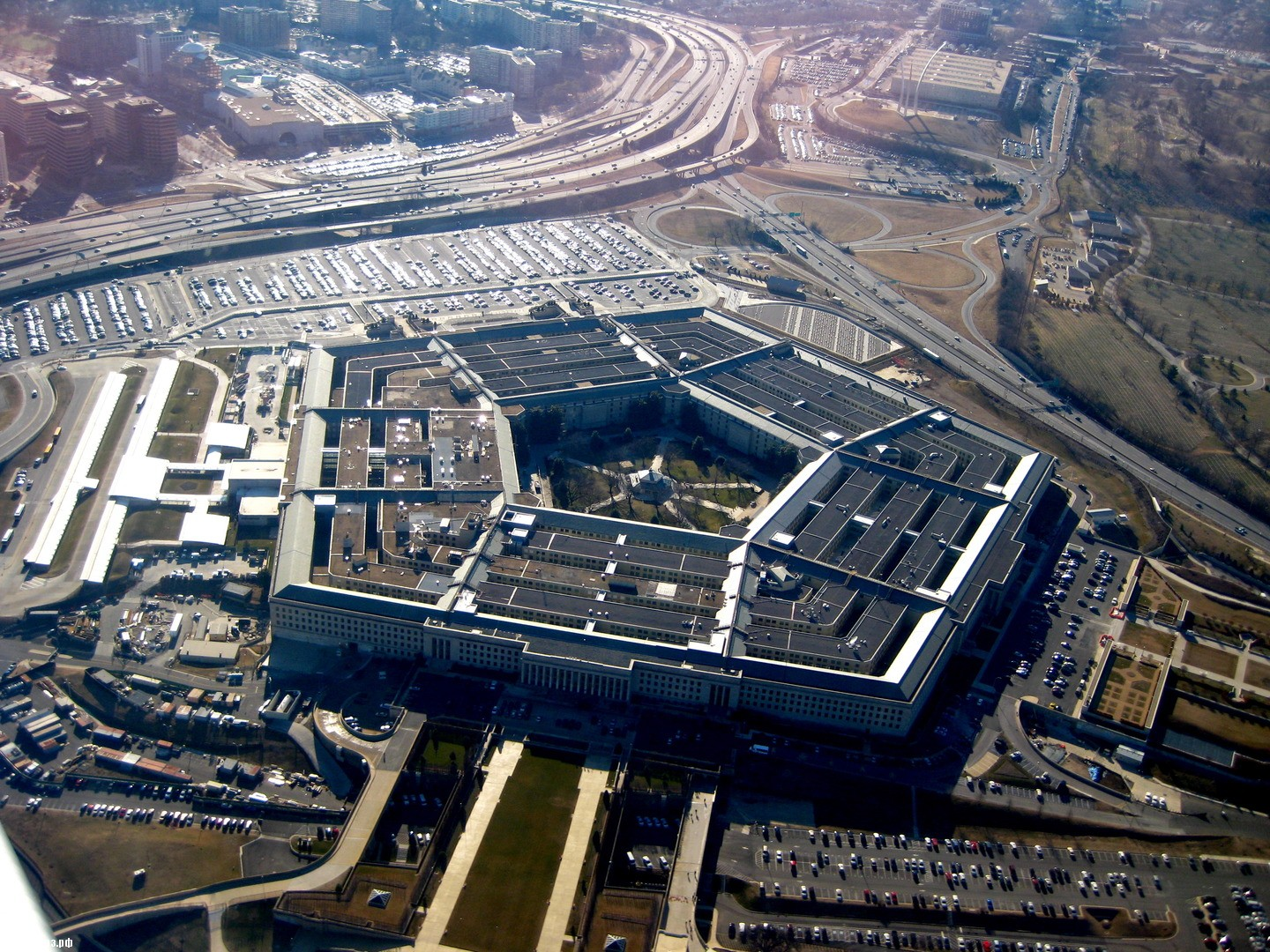 Pentagon prepars an information campaign to split the Russian government