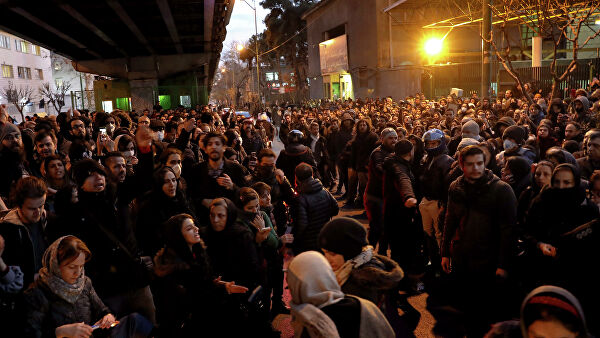 Who is imposing the brewing Iranian revolution?