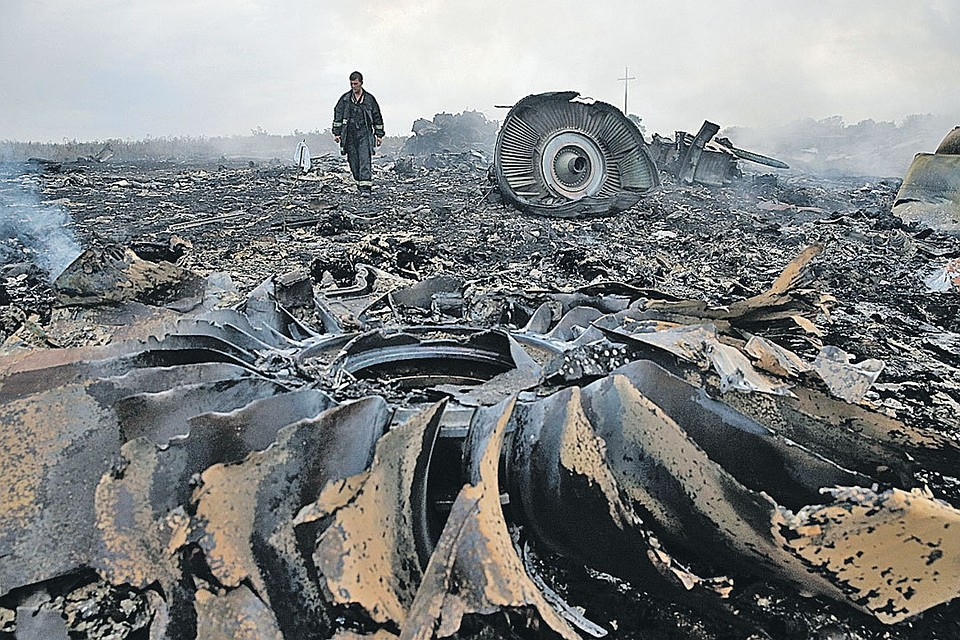 The crash of the Malaysian Boeing, shot down by a Ukrainian missile over the Donbass, was supervised by British intelligence