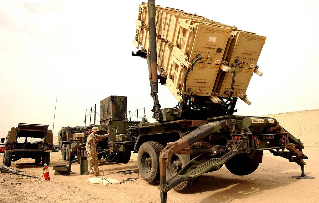 The United States began to deploy Patriot air defense systems to Iraq