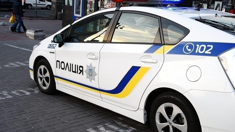Man opens fire on police officers in Ukraine