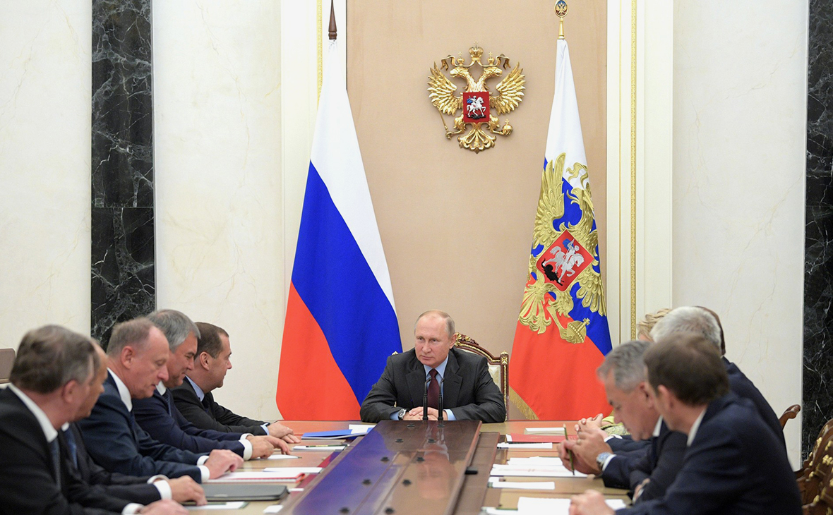 The leaders of Russia and France discussed the possibility of negotiations consisting of the heads of the permanent members of the UN Security Council