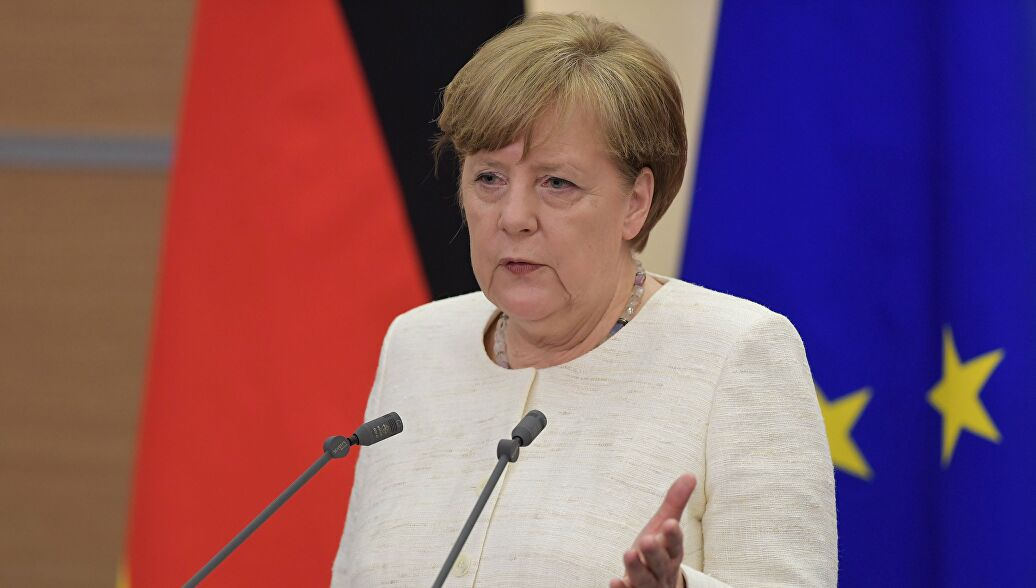 Merkel called on in Bundestag to visit Moscow on May 9