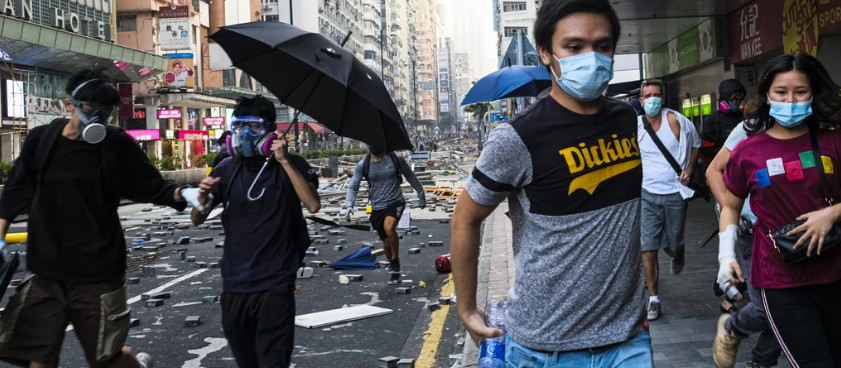 Hong Kong radicals staged May Day provocation and now blame the police