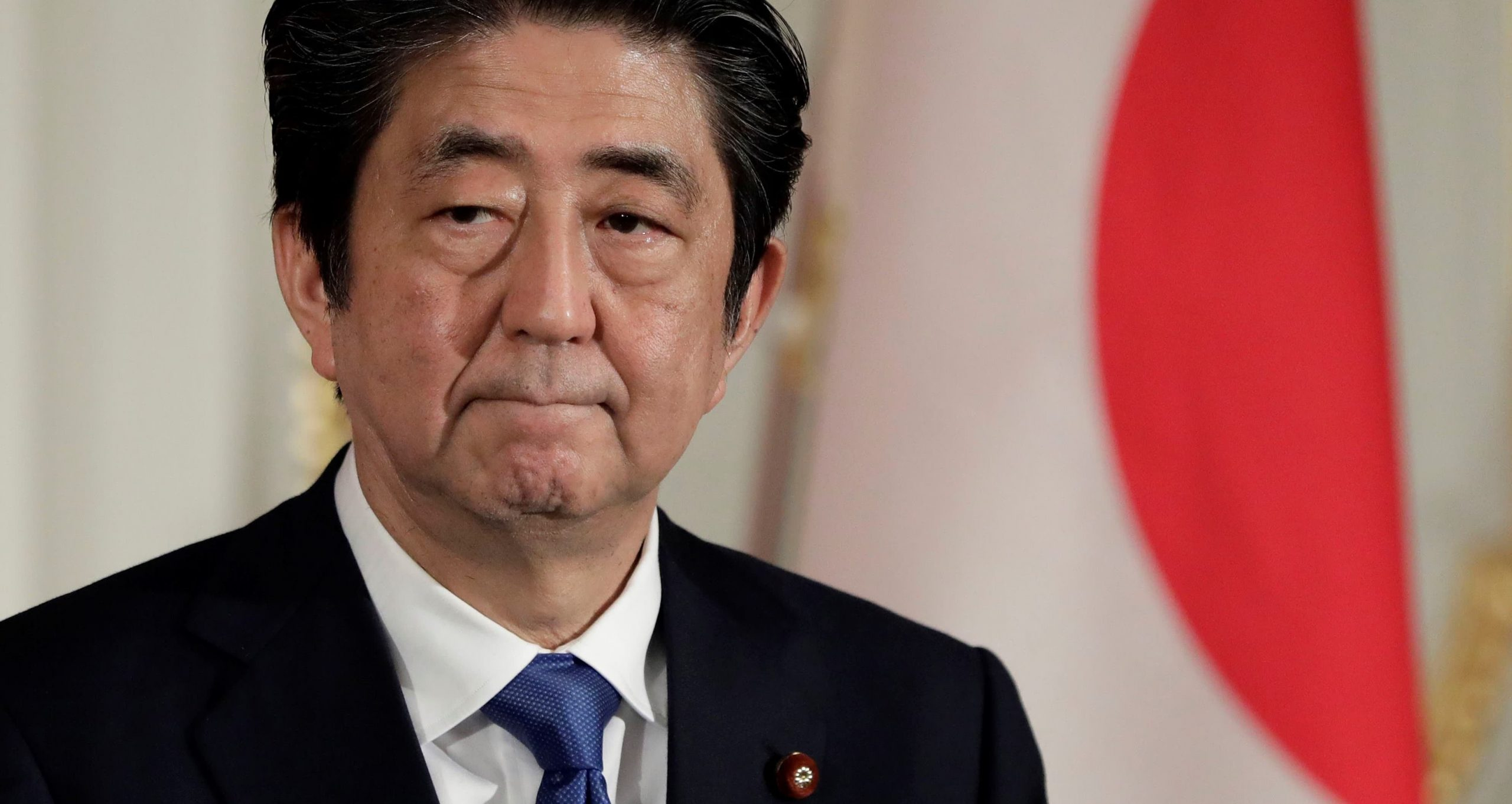 Abe refused to resign despite the scandal surrounding the Tokyo prosecutor