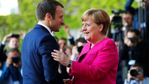 """Macron and Merkel will treat the economy of Europe with """"electric shock"""""""