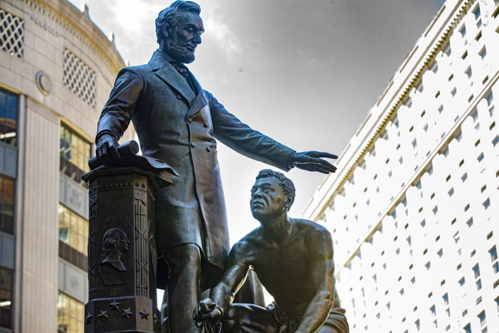 Monument with Lincoln fenced in Washington over calls for demolition