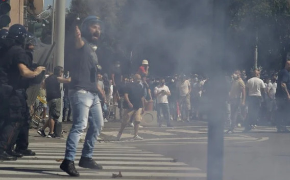The rally in Rome ended in clashes between extremists and the police