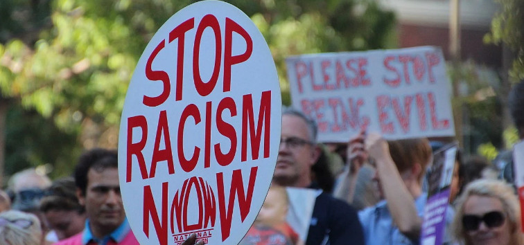 """American dictionary will change the interpretation of """"racism"""" at the request of a black activist"""