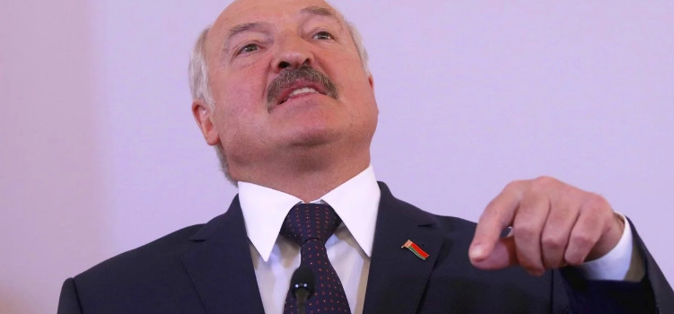 """It's dangerous to fight with us, but it's necessary to tilt"": Lukashenko said that pressure on the country from outside"