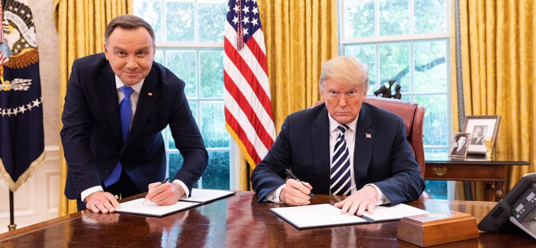 Worship of the USA is the only policy followed in Poland