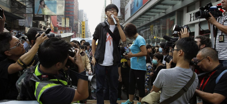 Hong Kong radicals officially capitulate to Beijing