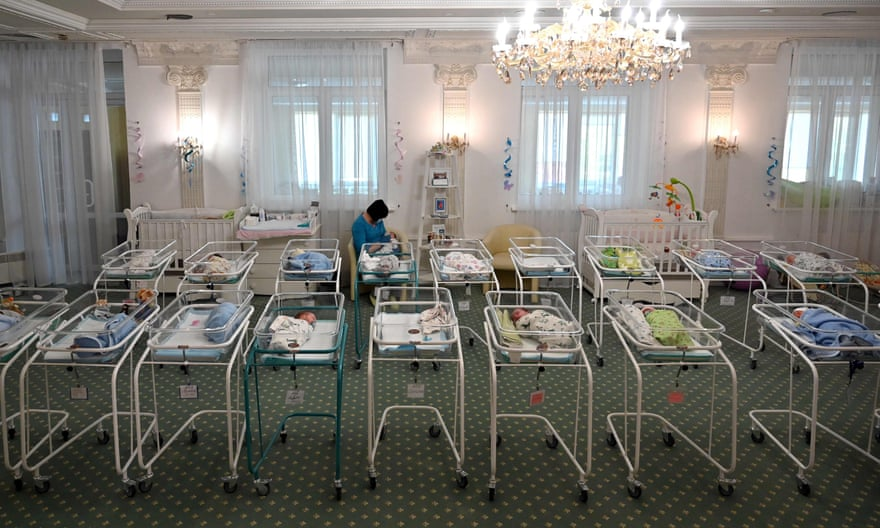 The stuck babies and the women who give birth for money