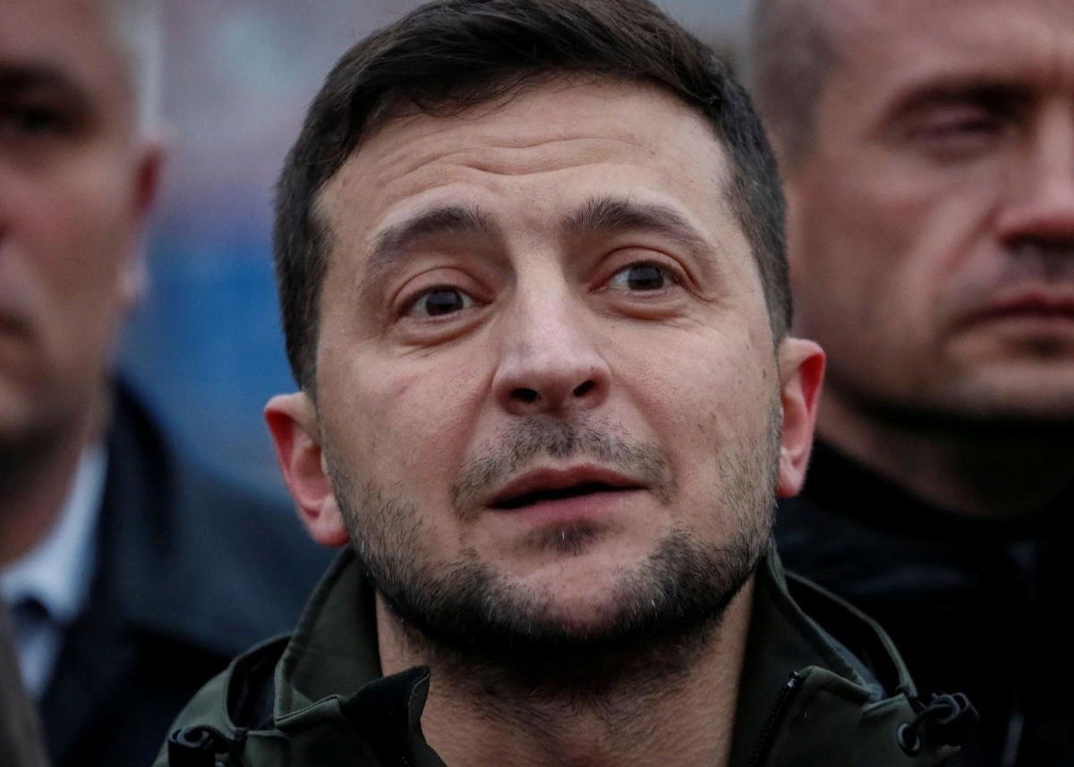 Zelensky's rating has collapsed by 10% in a month