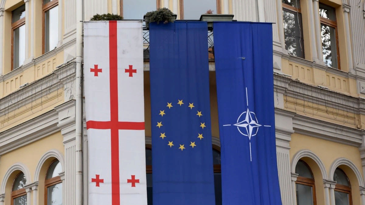 """NATO and the EU also want to teach Georgia the """"right"""" journalism"""