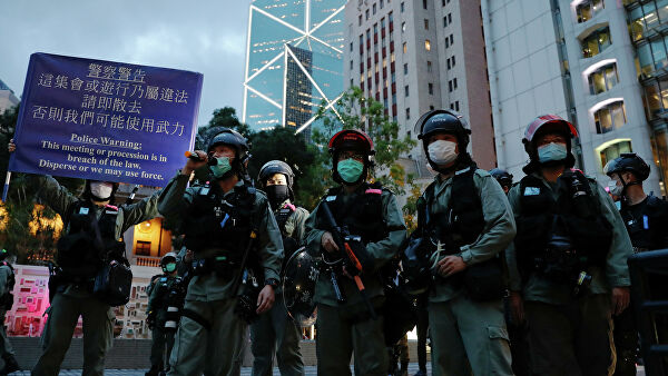 At least 25 protesters detained in Hong Kong
