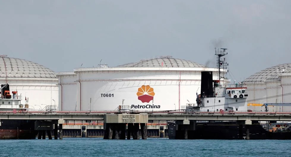 Chinese giants of oil refining are preparing mass orders for purchase of Russian raw materials