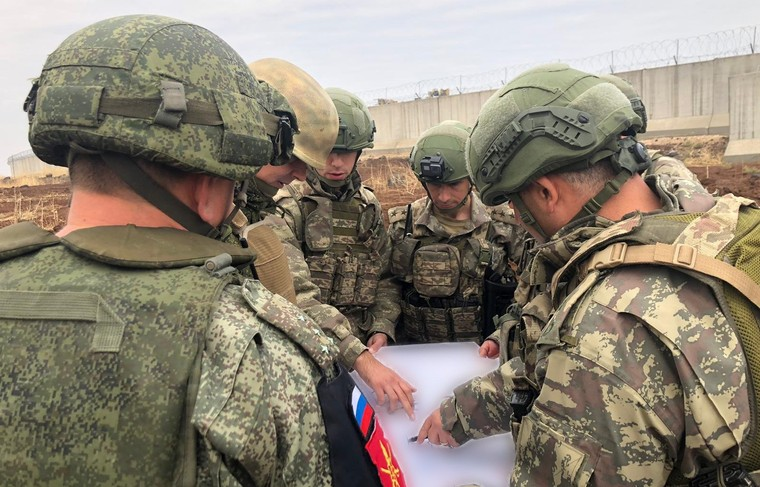 Russia and Turkey conducted joint patrol in Hasek, Syria