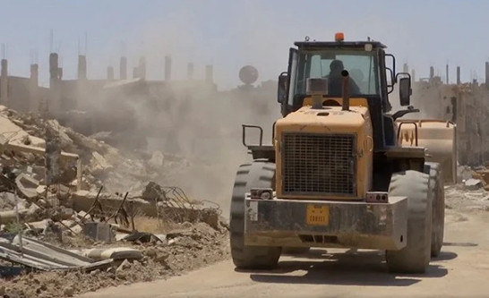 In Syria, rebuild the city of Deir ez-Zor, destroyed by militants