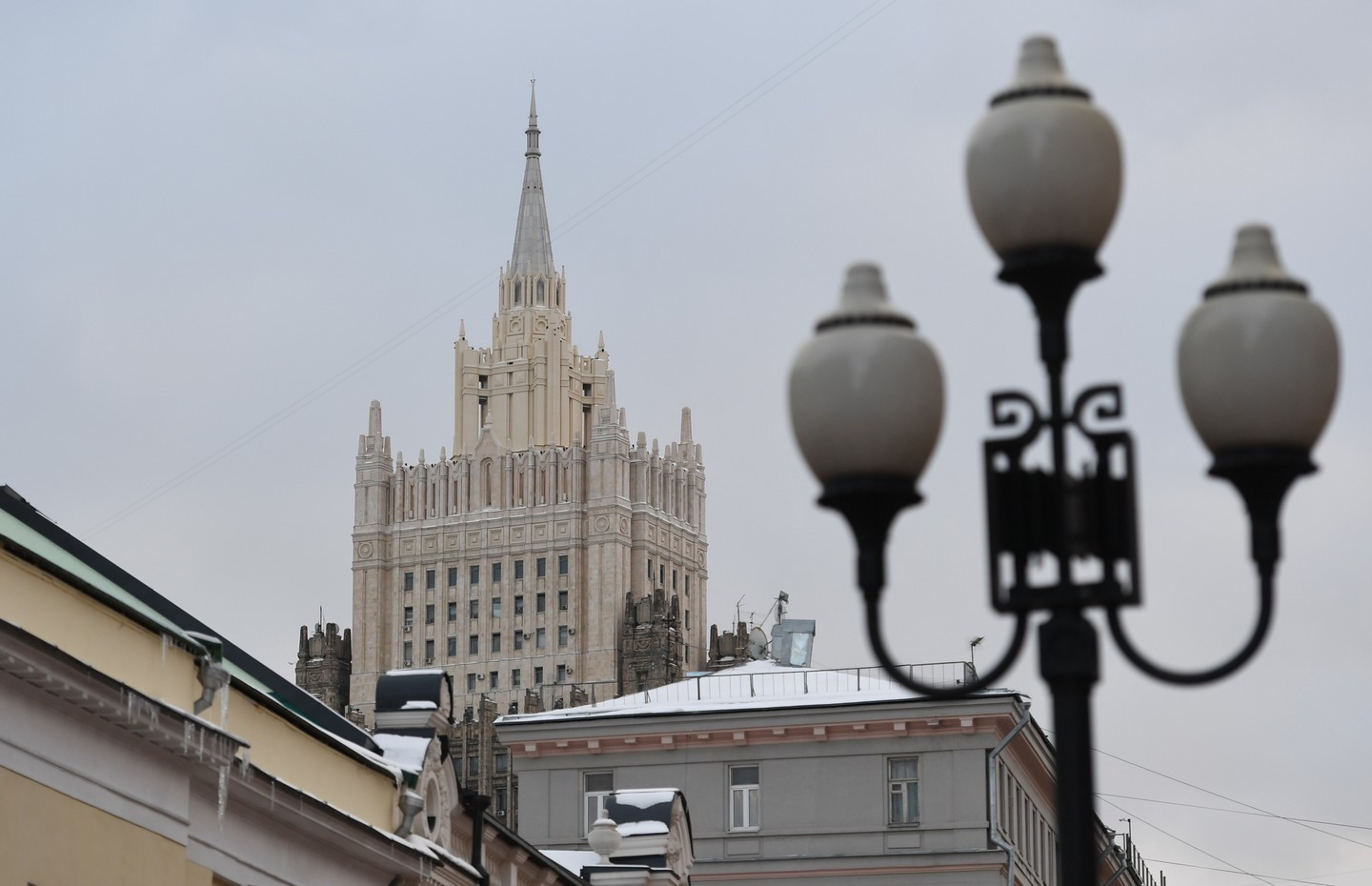 Russian Foreign Ministry calls for an immediate end to hostilities in Libya