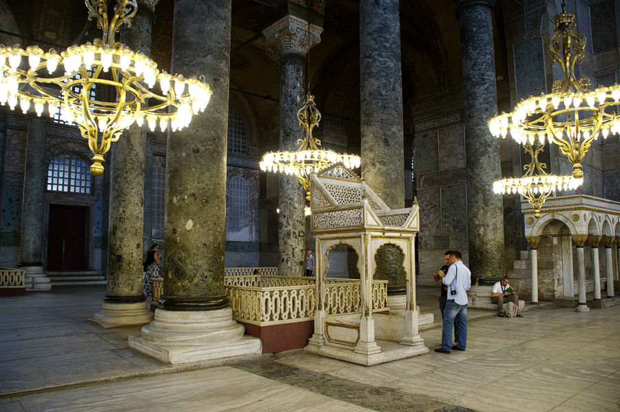 Greek Foreign Minister considers Hagia Sophia a global problem