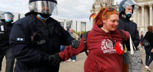 Participants of the action against quarantine are detained in Berlin