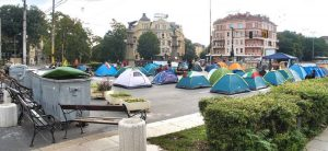 Riots in Bulgaria do not stop for a month: The mayor of the capital asks to remove the barricades