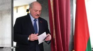 Ukrainians with fake documents were not allowed into Belarus: Lukashenko promised to prevent chaos in the country