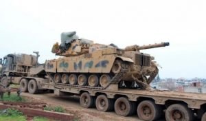 Turkish tanks move towards the border with Greece