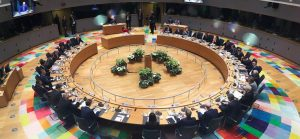 What will the EU discuss at the summit in early October?