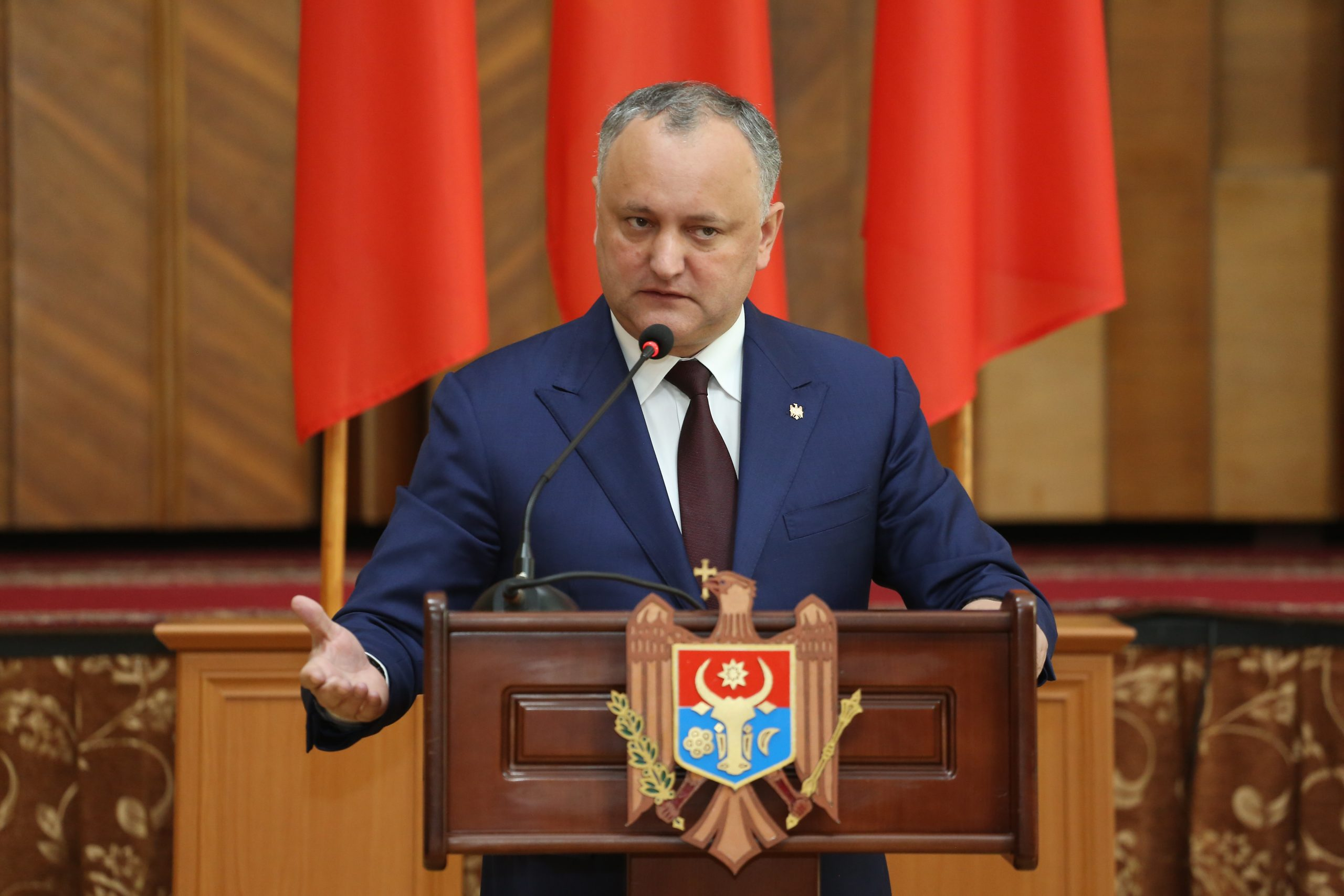 Dodon initiates a mass demonstration in Chisinau before the elections