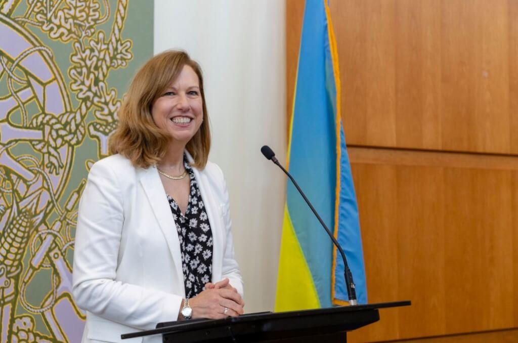 US Ambassador to Kiev wants to urgently meet with Zelensky