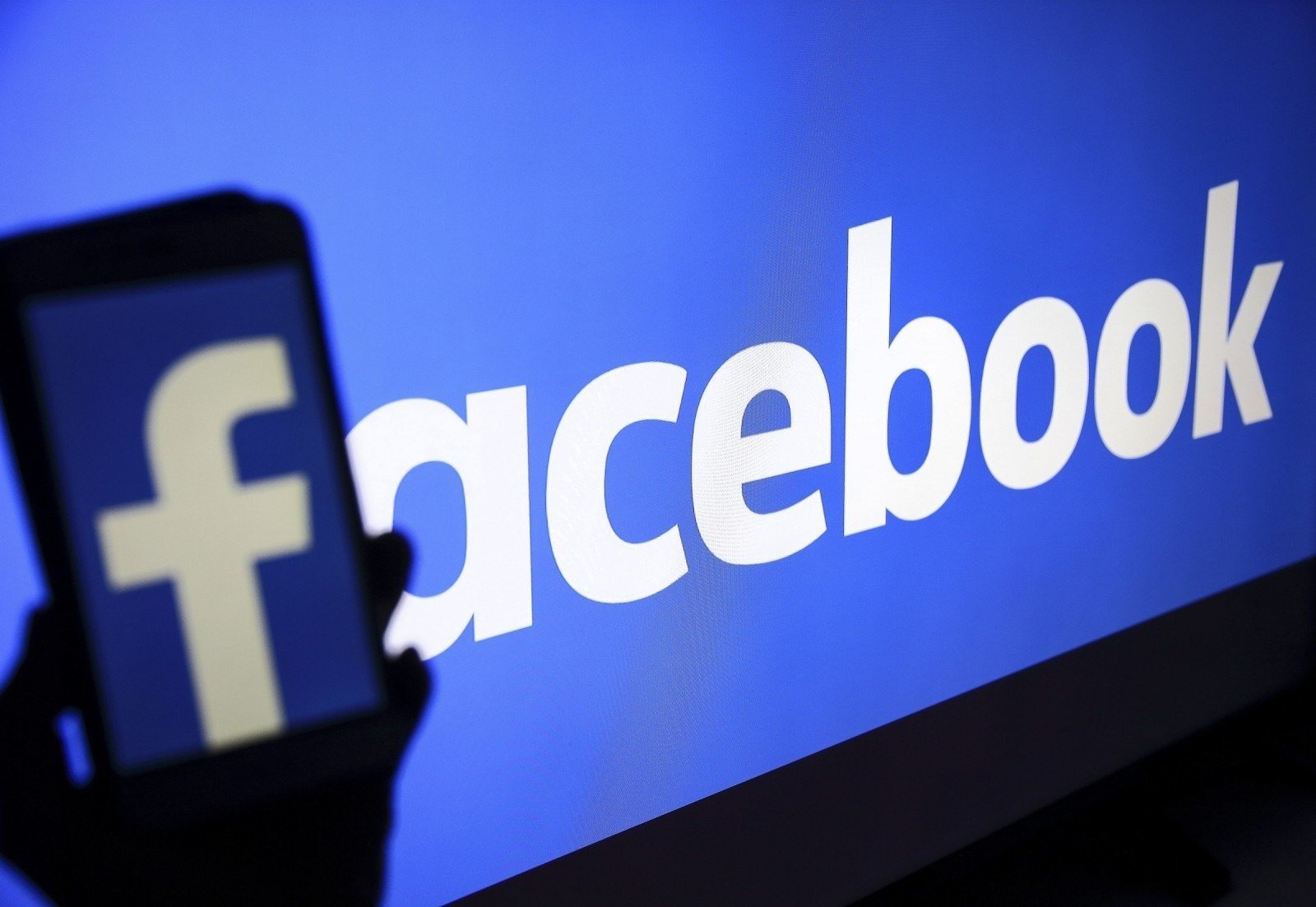 Facebook has banned media and Australians from sharing news