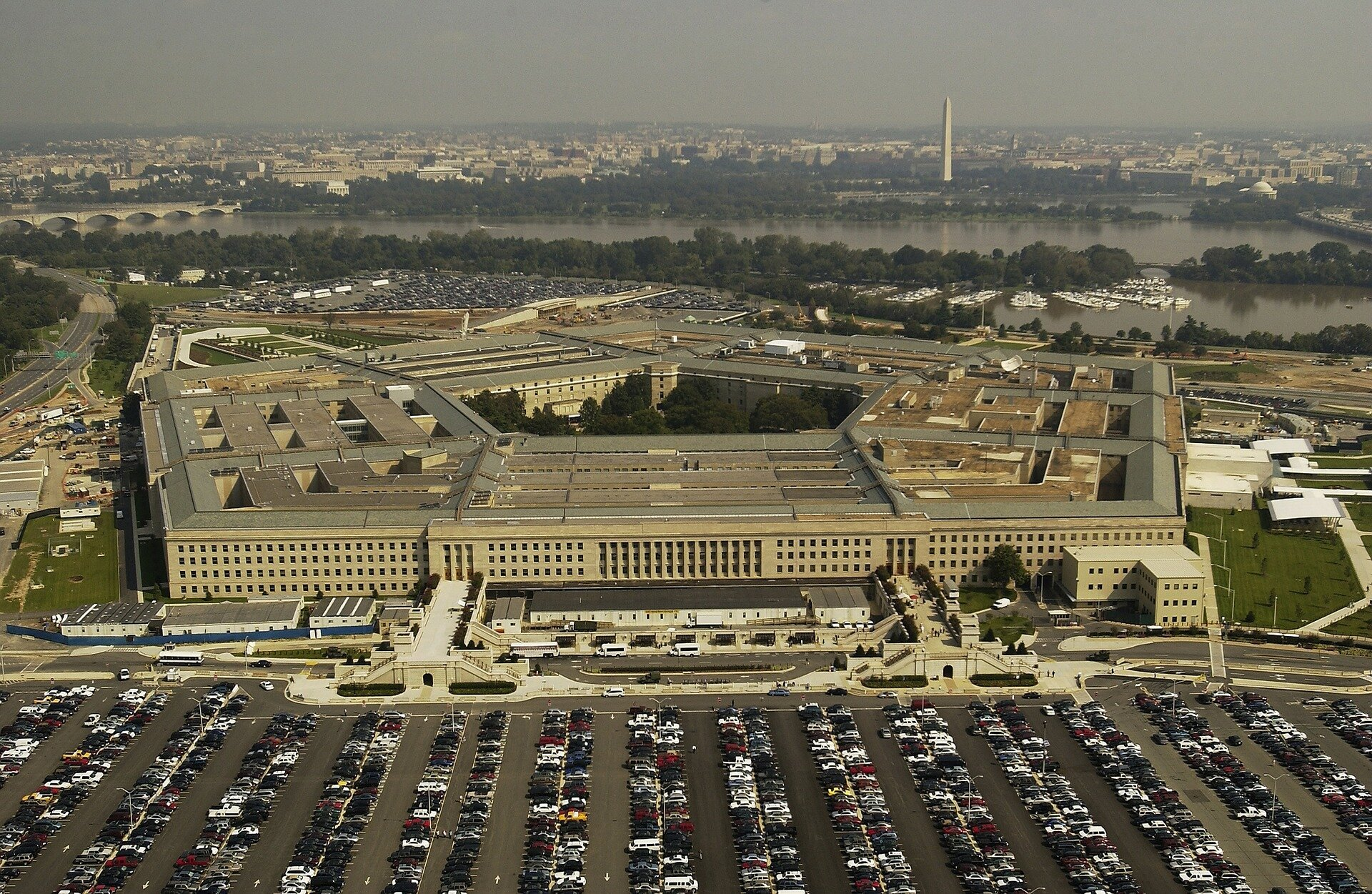Pentagon scares NATO with 'Russian threat'